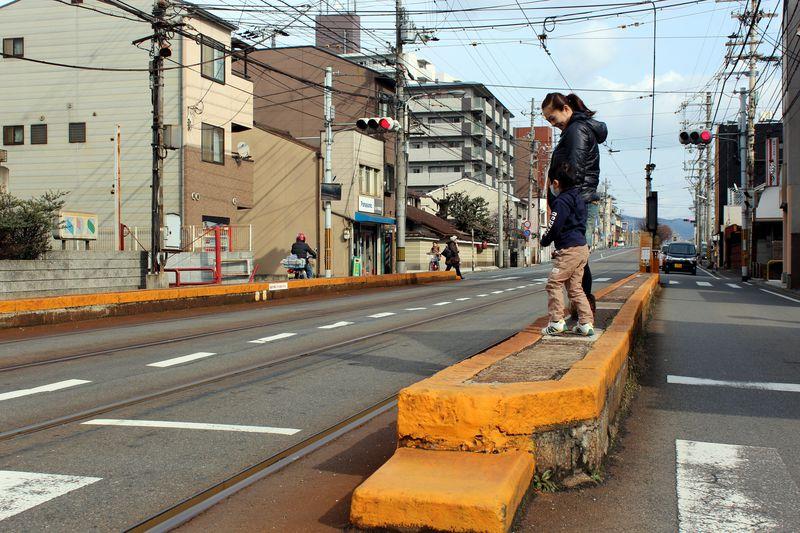 京都唯一の路面電車区間に日本一狭いホーム!?〜嵐電・山ノ内駅