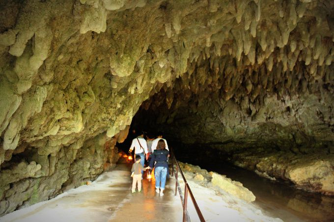 沖縄のきれいな海と自然の中で恋愛アップ祈願を!