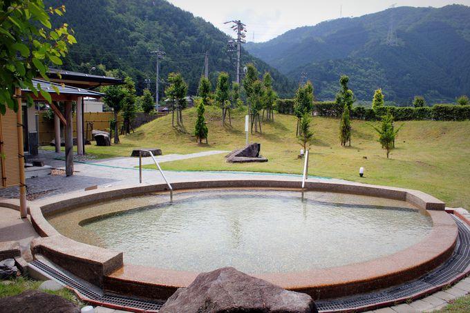 下車3歩で子宝の湯!長良川鉄道「みなみ子宝温泉駅」(岐阜)