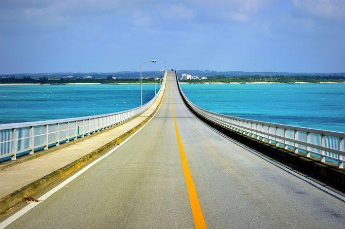青い海を渡る農道!!「来間大橋」