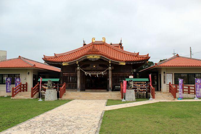 南国情緒漂う「宮古神社」の本殿!