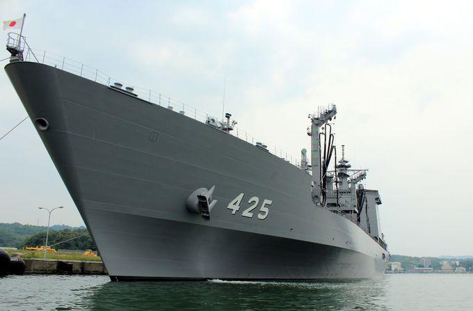 9.海軍ゆかりの港めぐり遊覧船