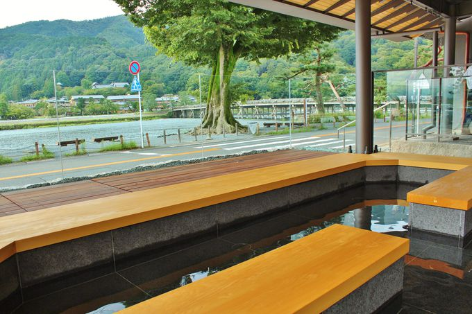 渡月橋・嵐山一望の絶景足湯が登場!