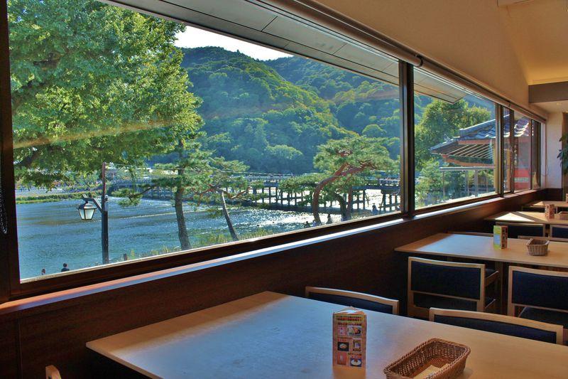 嵐山「京おばんざいバイキング日向萠(ひゅーめ)」は絶景すぎるバイキング!