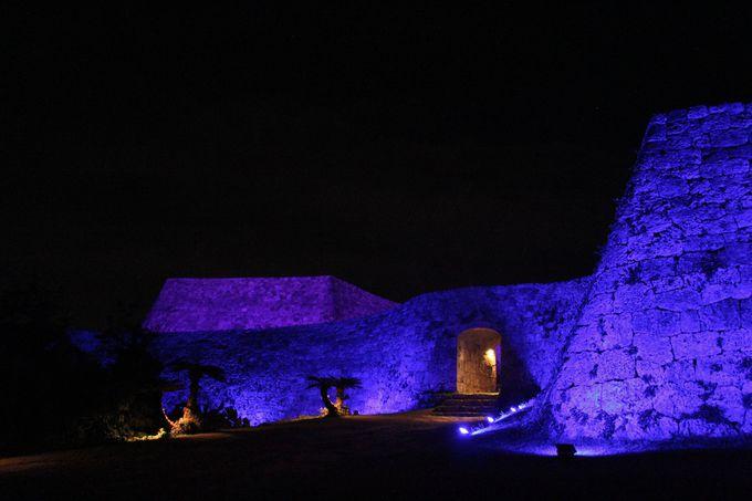 妖しく光る世界遺産「座喜味城」