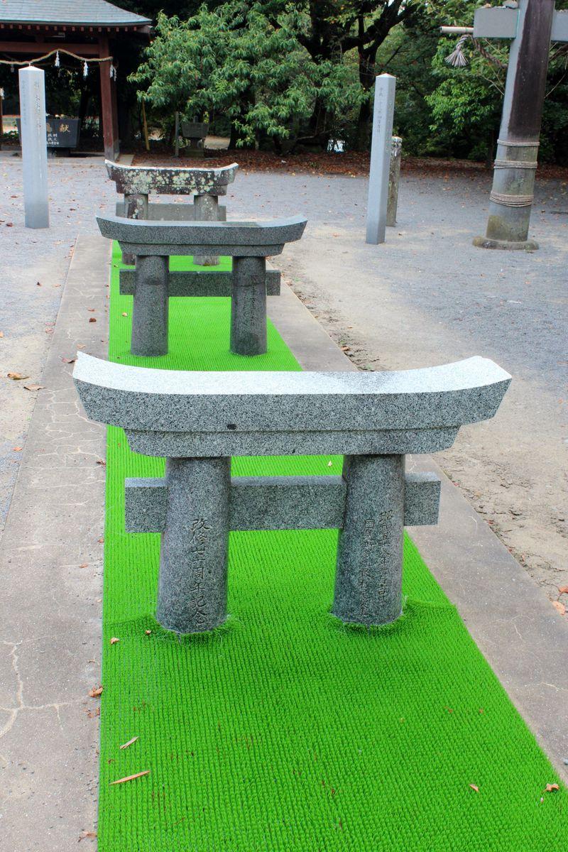 雲仙市「淡島神社」でミニ鳥居をくぐって安産祈願!