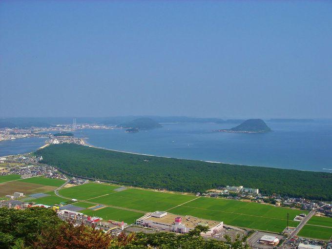 唐津の代表的景勝地「鏡山」
