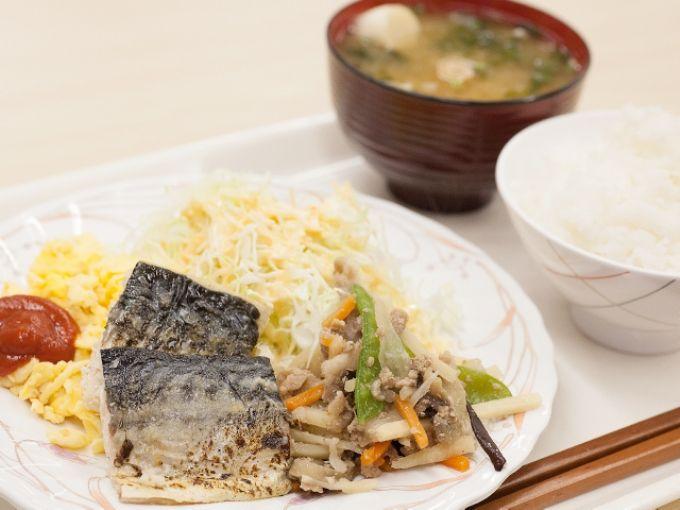「ホテルパークスタジアム那覇」は無料朝食が好評!