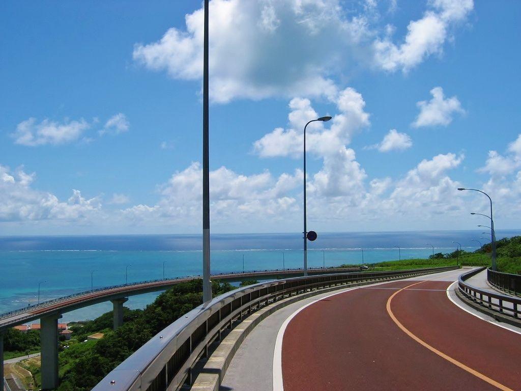 冬こそ行きたい沖縄!ドライブで...