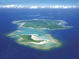 悠久の歴史と自然が待つ!沖縄・伊是名島の観光スポット