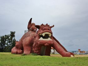 宮古島・カママ嶺公園の巨大シーサーで遊ぼう!