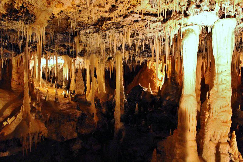 南大東島「星野洞」は想像を超える美しさの絶景鍾乳洞!