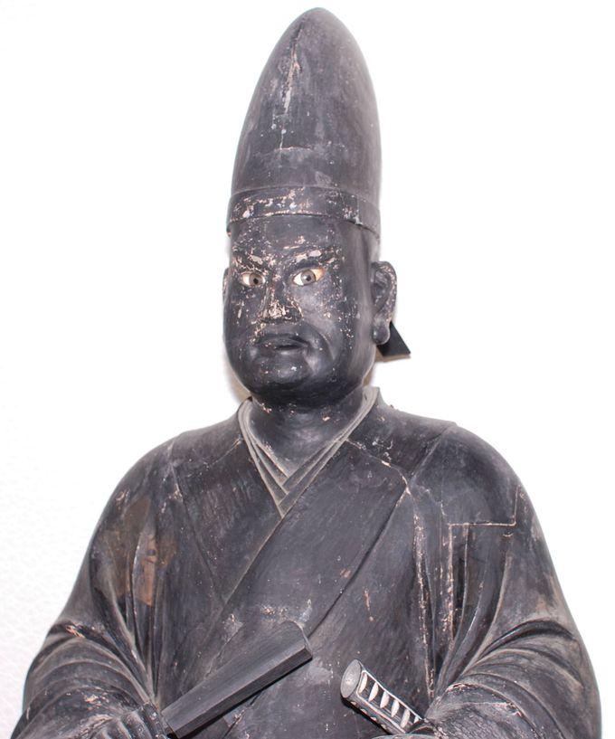 慈眼寺に伝わる黒い光秀像の謎!?