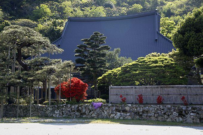 南惣美術館は米蔵を改装した国登録有形文化財の建物!