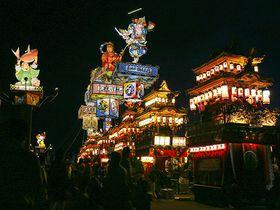 高さ16m巨大燈籠山が練り歩く能登山車祭り!〜飯田町燈籠山祭り〜