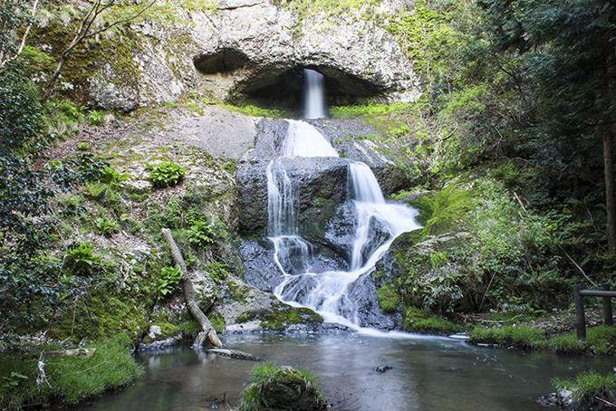 『まれ』の舞台となった輪島・大沢町にある自然の造形美「桶滝」♪