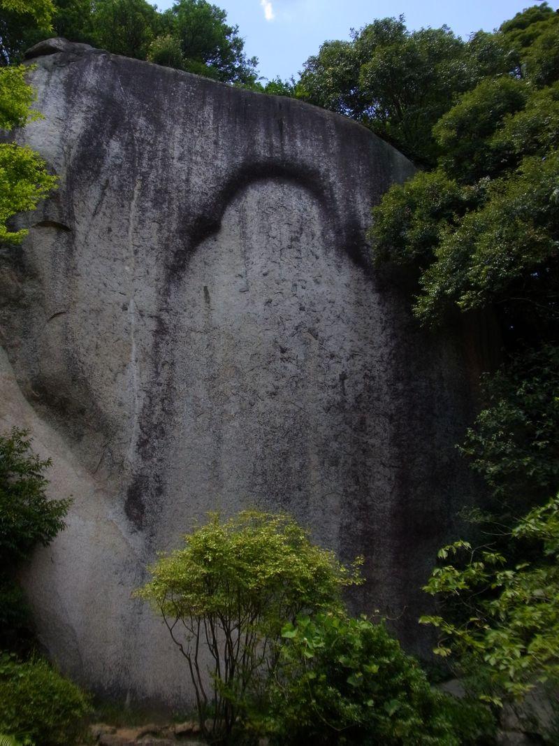 スリルとサプライズの連続 奈良・笠置山の行場めぐり