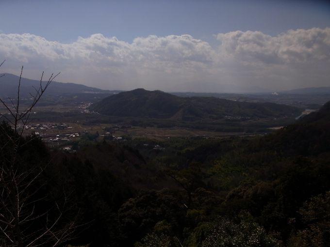 加茂盆地(みかのはら)の恭仁京
