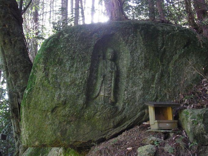 神野山をめぐる街道筋の石仏たち
