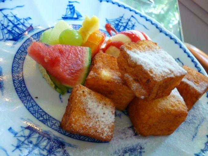 ティーラウンジで伝統のフレンチトーストを♪