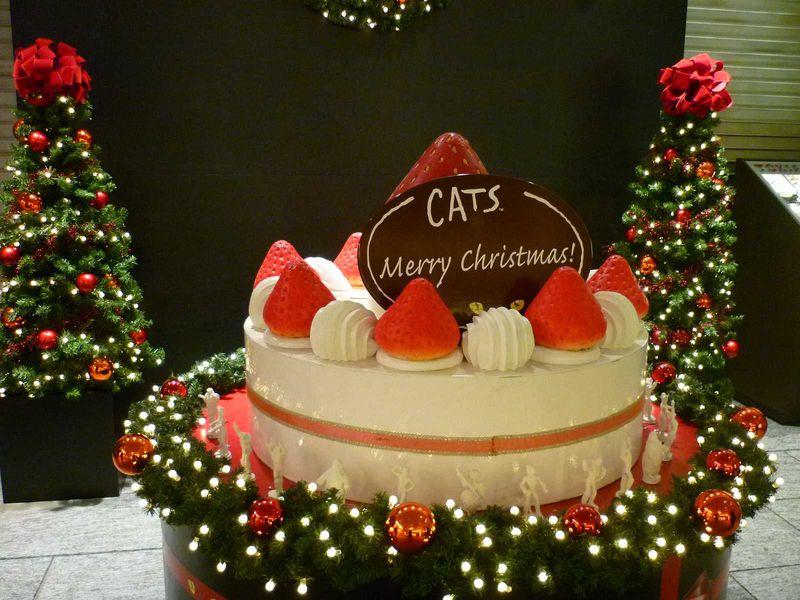劇団四季がジャックしたクリスマスの丸の内を廻ってみよう!