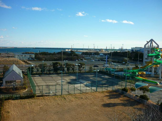 日立市久慈浜港は復興が進んでいます。