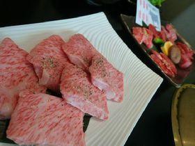 日本三大和牛!とろけるような「米沢牛」を専門店で堪能