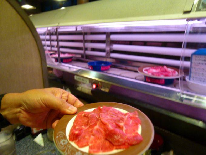 松阪牛がまわる!回転焼肉「一升びん」は1皿378円から♪松阪市