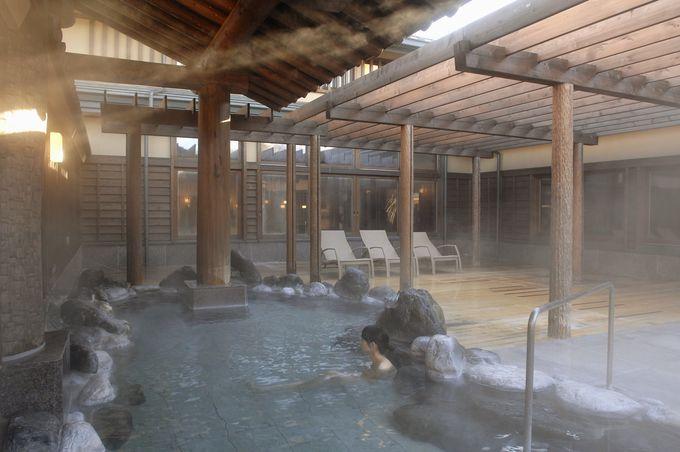 珍しい泉質の「ふじやま温泉」