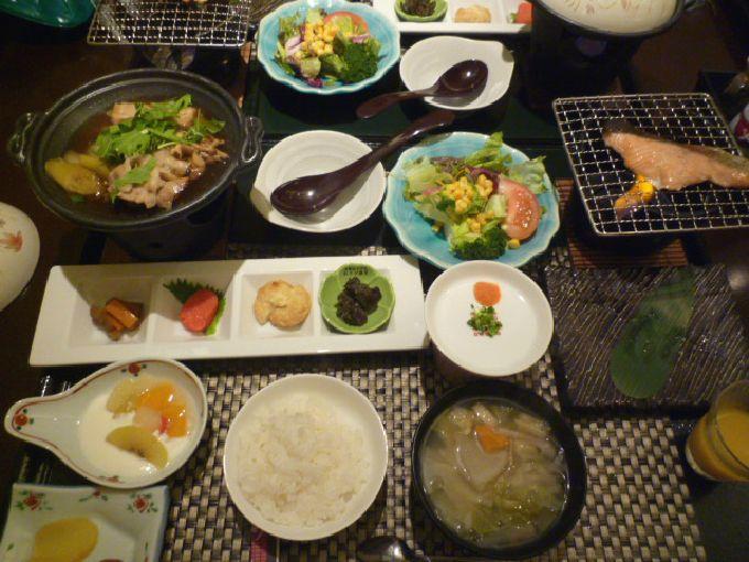 朝食でパワーチャージ「旅の宿 丸京」