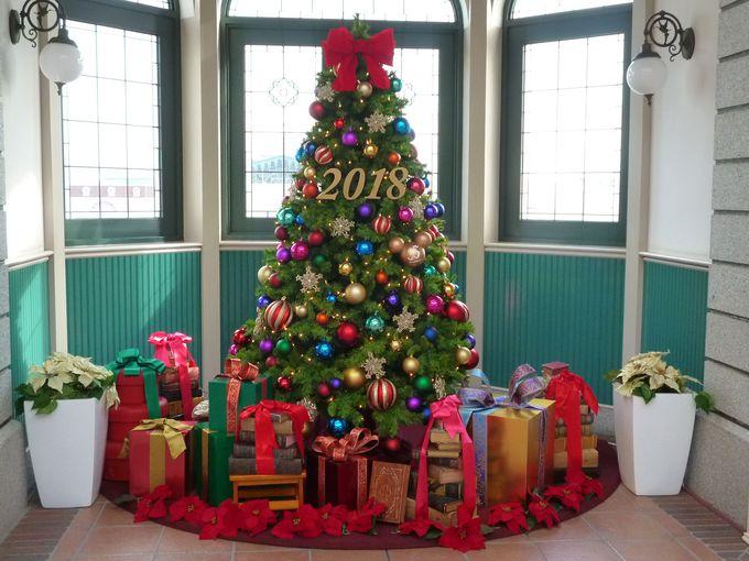 「東京ディズニーランド・ステーション」のクリスマスツリー