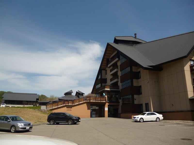 森がつつむ優雅な温泉リゾート!山形県「ホテル シェーネスハイム金山」