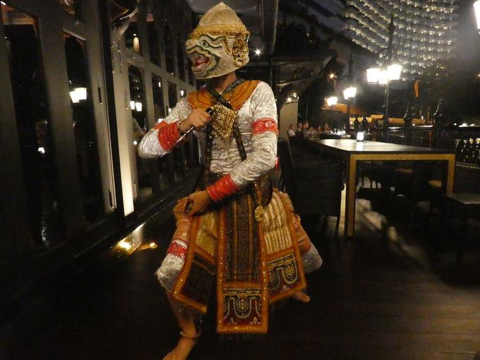 タイ舞踊が楽しめるレストラン