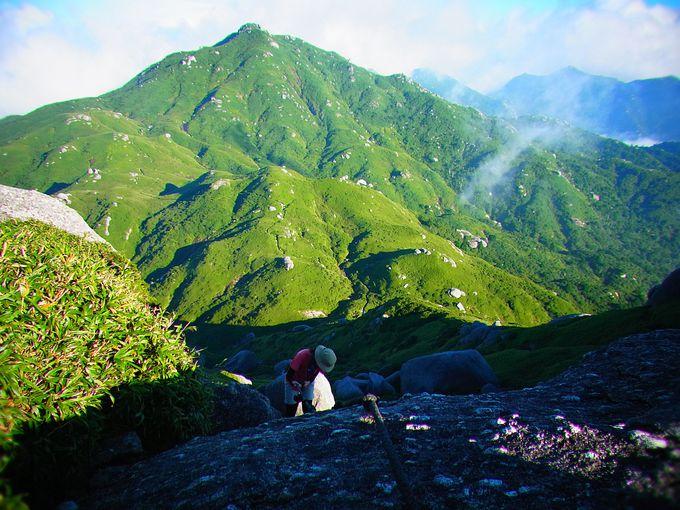 九州トップクラスの山々が連なる洋上アルプス!