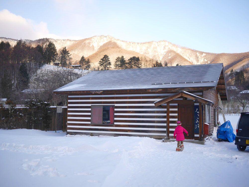 松本ICから約1時間、乗鞍岳の山麓に広がる絶景に出会う