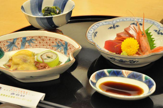 旅のハイライトは、九谷焼のうつわでいただく食事!