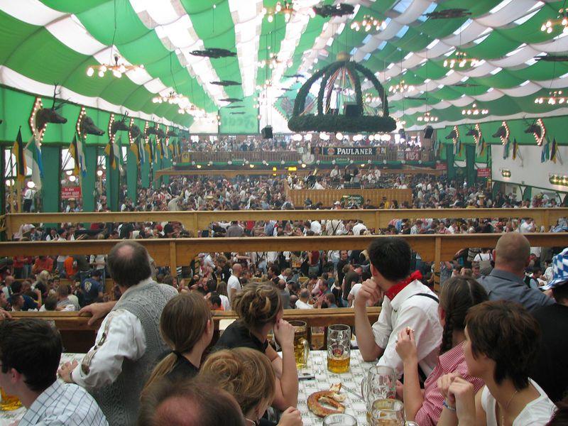ビール好きの聖地!ミュンヘンのオクトーバーフェスト!(ドイツ)