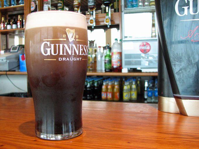 アイルランドで飲む樽詰めギネスは、特別においしい!