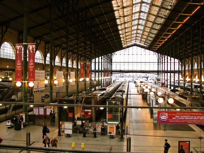 日本からの旅行なら、パリからの乗車が便利!