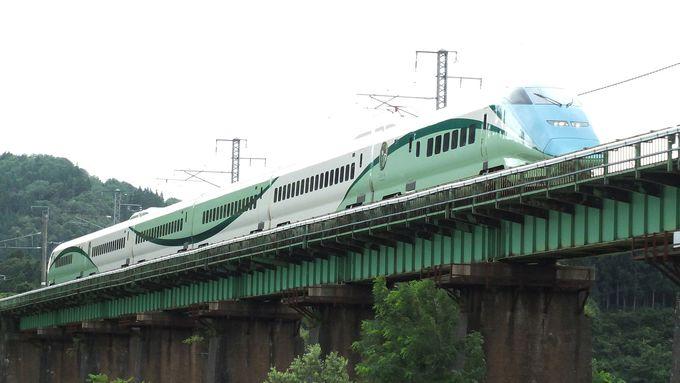 リゾート新幹線「とれいゆつばさ」はなんと足湯付き