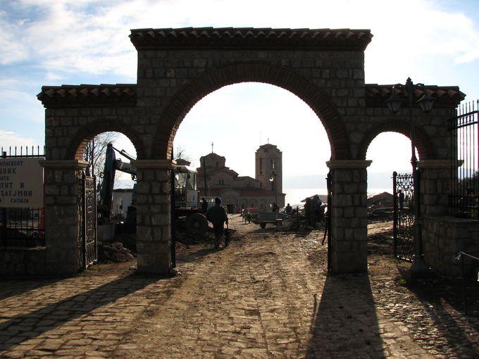 街の随所に点在する風情ある教会群に、マケドニアの歴史を感じよう