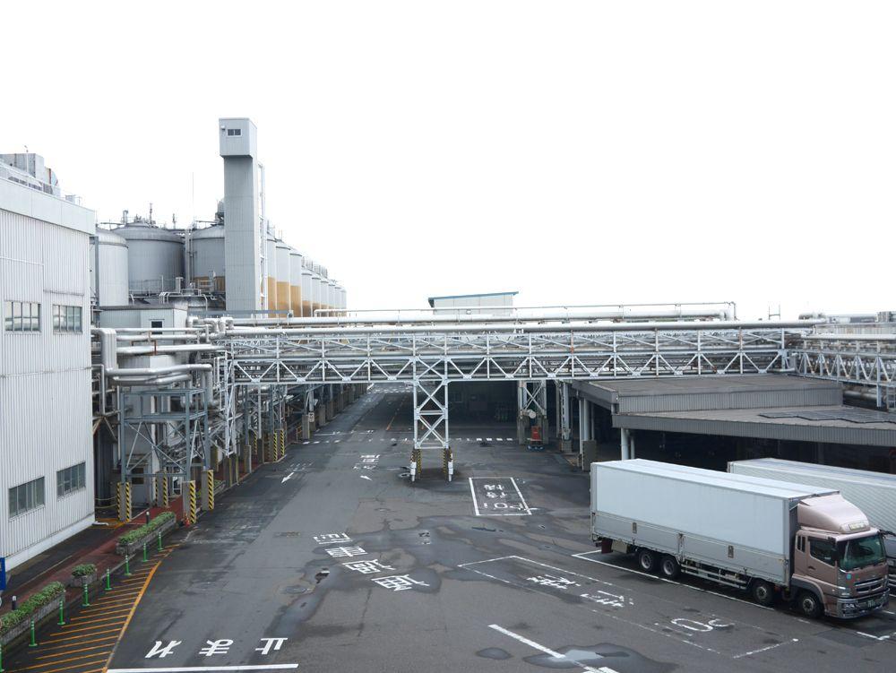 嵐からのスペシャルメッセージで始まる工場見学