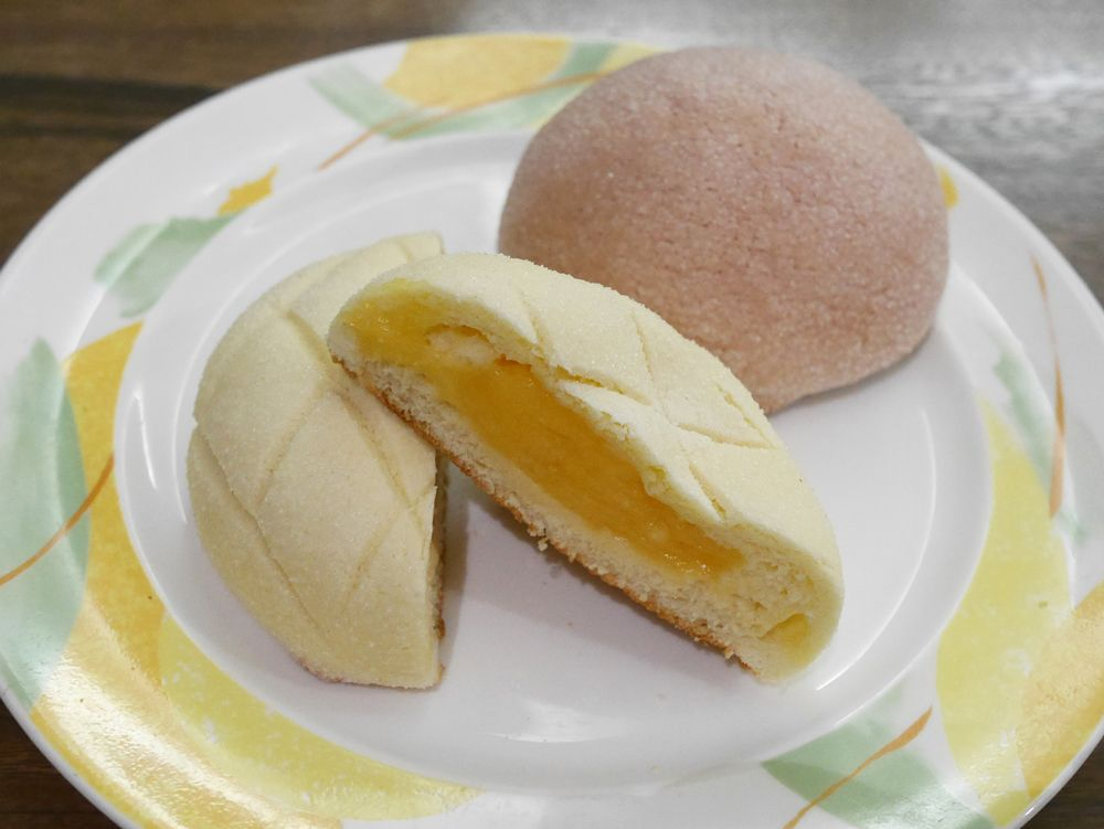その4、ずっしり重いメロンパン&バナナブレッド