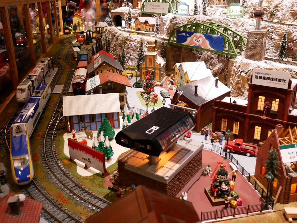 ヒルトン名古屋は、1階もクリスマス一色