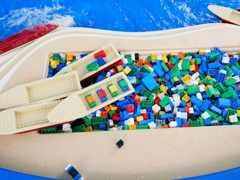 レゴブロックのボートが走る!ビルド・ア・ボート