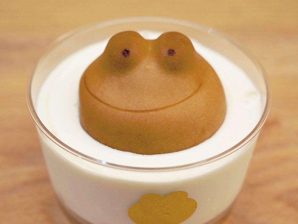 かわいすぎる、カエルまんじゅうの「ミルク風呂」