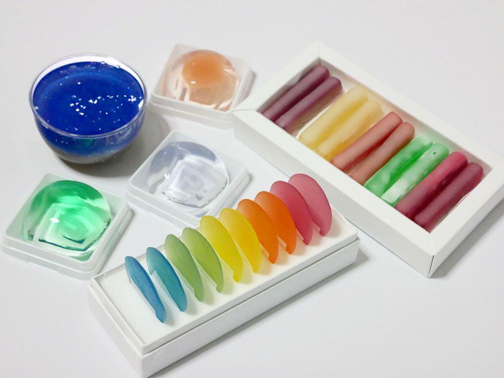 うっとりする色彩の和菓子を生み出す老舗