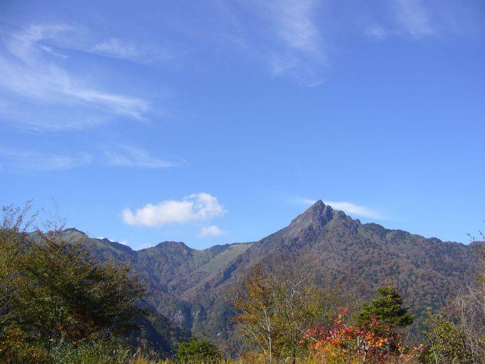 日本七霊山のひとつとされる愛媛の霊峰石鎚山にある石鎚神社