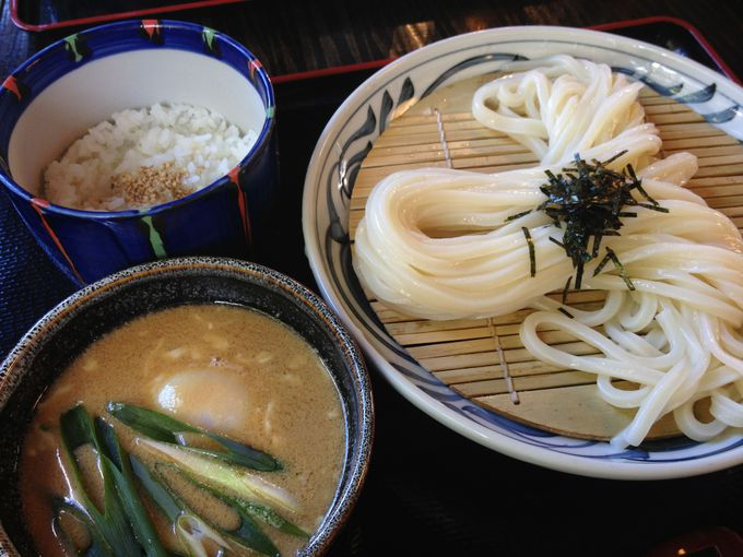 高松仏生山の麺の歴史を継承する「竜雲」で絶品つけうどん!