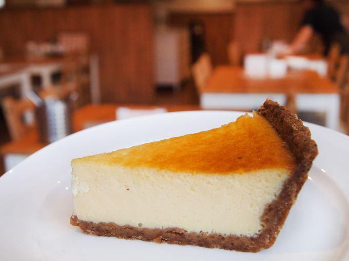 絶品チーズをふんだんに使用!おすすめは千歳店限定「クワトロケラーはちみつ仕立て」